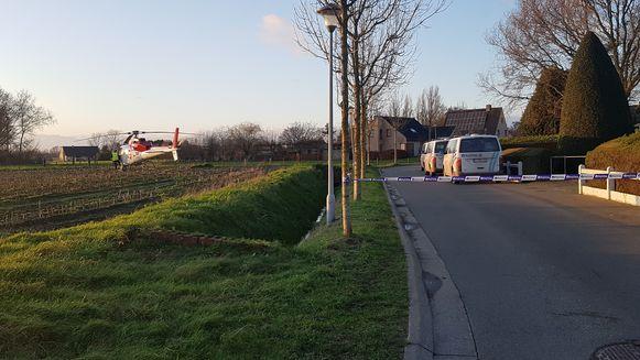 De politie sloot de Doornhoekstraat tijdens de interventie af. Intussen is de perimeter weer opgeheven.