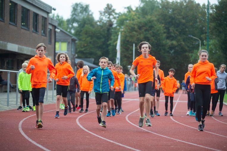 Atletiek Belgica Edegem Sport (ABES) loopt al veertig jaar rondjes in de piste.