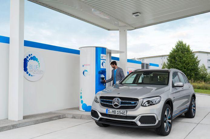 De Mercedes GLC F-Cell rijdt nog wel op waterstof