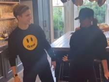 Victoria Beckham danse avec son fils sur un tube des Spice Girls