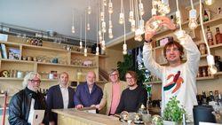 Café Verne ruilt gloeilampen voor duurzame ledverlichting