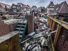 Buren afgebrande Palazzo in Grave nog steeds in de rotzooi