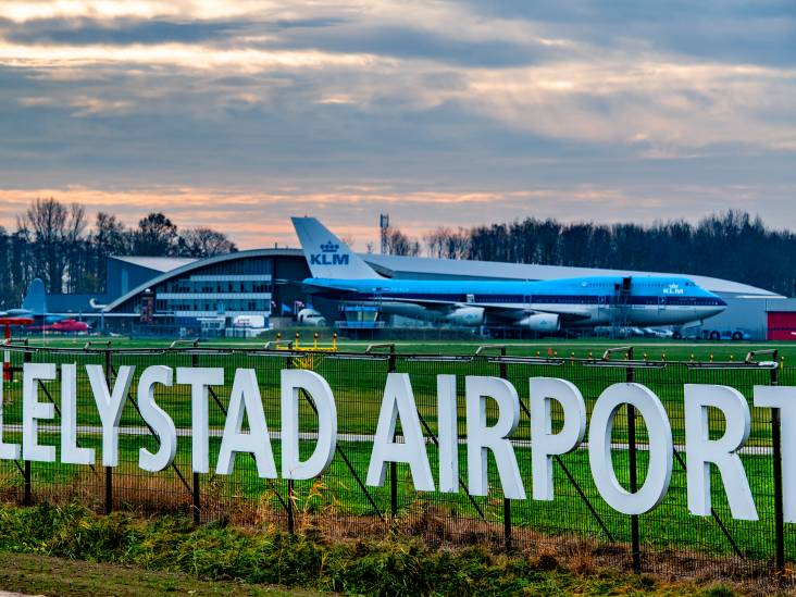 College Lelystad: Nieuw uitstel Lelystad Airport is slecht voor werkloosheid en gemeentekas