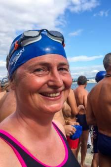 Nienke 'oefende' al in Bulgarije voor de Swim:'Ik zwom daar tussen de kwallen'