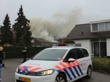 Asbestdeeltjes vrijgekomen bij brand in opslagloods in Beneden-Leeuwen