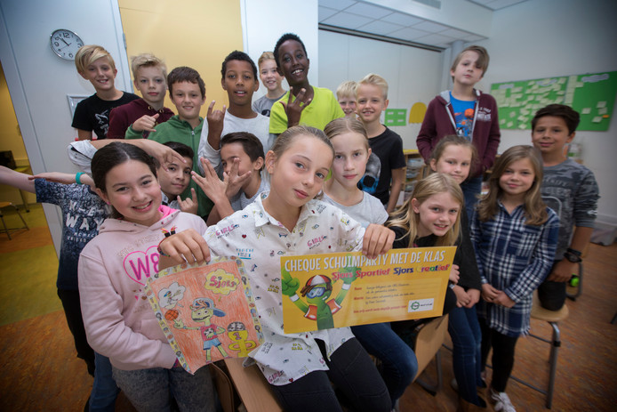 Guusje van OBS Ekenrooi wint ontwerpwedstrijd 'Sjors'.
