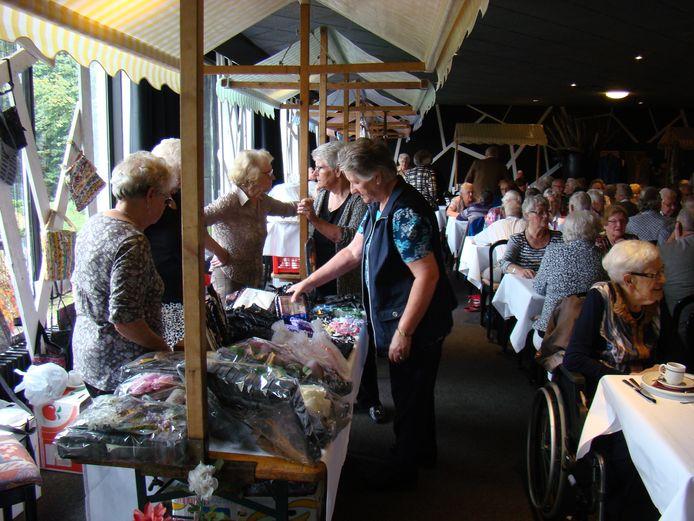 Een vorige editie van de Dag van de Ouderen in restaurant De Betuwe in Tiel.