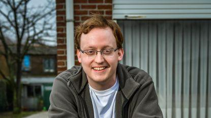 """Hartverwarmende start voor eenzame Derek (29): """"Genoeg invitaties gekregen. Nu alleen nog stap zetten om af te spreken..."""""""