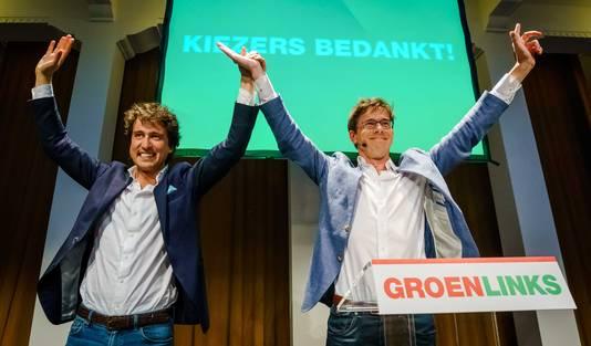 GroenLinks-leider Jesse Klaver (links) en lijsttrekker voor het Europees Parlement Bas Eickhout na afloop van de exitpolls van de Europese Parlementsverkiezingen in Het Nutshuis.