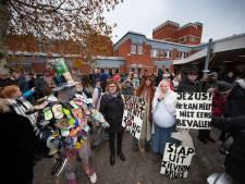 'Vliegveld Lelystad openen en naastgelegen ziekenhuis sluiten is onverantwoord'