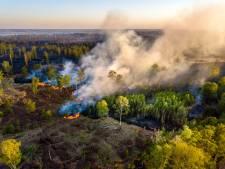 Bijna de helft van Deurnsche Peel verbrand, maar toch vertrokken de blusheli's