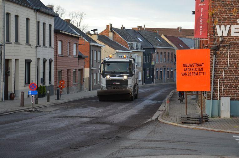 De grote werken in Denderhoutem zijn gestart.
