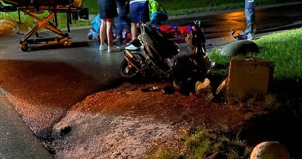 Scooterrijder gewond door aanrijding met auto in Putten.