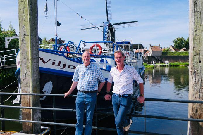 De broers Cornee en Wilco van Delft klaar om uit te varen