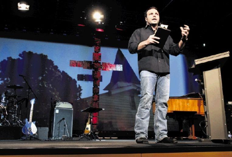 Pastor Mark Driscoll van de Mars Hill Church in Seattle. ¿God kijkt op ons neer en zegt: ¿Ik haat jullie, jullie zijn mijn vijand en ik zal jullie verpletteren¿.¿ (FOTO AP) Beeld