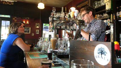 Ambassadeur van Ierland doopt Langdorpse pub Dubh-Linn tot haar nieuwe stamcafé