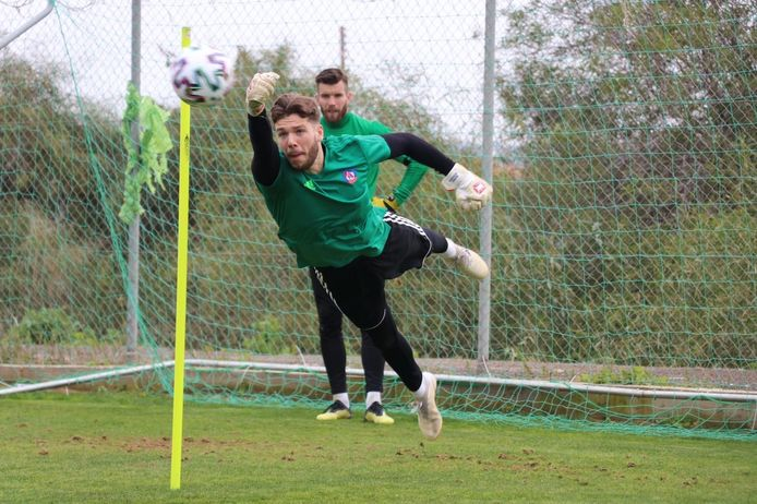 Menno Bergsen op de training van AS Trencin.