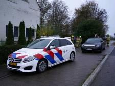 Politie treft hennepkwekerijen aan in en rond leegstaande woning in Lobith