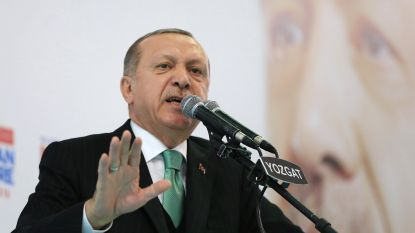 Erdogan dreigt met aanval op door Syrische Koerden gecontroleerde stad