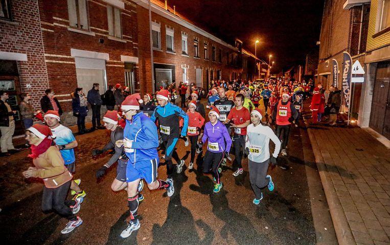 In Geel vindt de Santa Run voor het eerst plaats.
