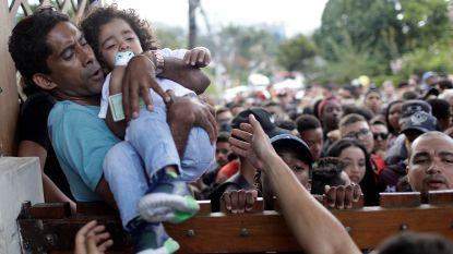 Totale chaos bij training Brazilië: fans halen tevergeefs trukendoos boven om vedetten te zien en rakelen uit frustraties dan maar eeuwig trauma op
