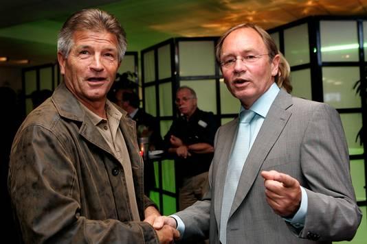Jan Peters (links) met een ander clubicoon, Leen Looijen.