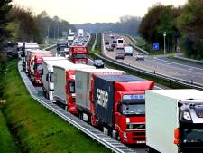 Werkgevers hameren op extra truckparkings