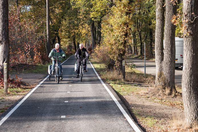 Een fietspad aan de Groesbeekseweg in Malden