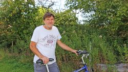"""Johan (59) is proefkonijn voor coronavaccin: """"Het is een race tegen de klok, waarin ik een klein steentje bijdraag"""""""