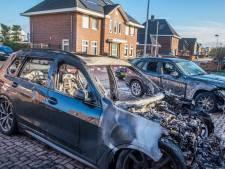 Cuijkse burgemeester wil brandstichters afschrikken: camera bij wooneilanden waar autobranden waren
