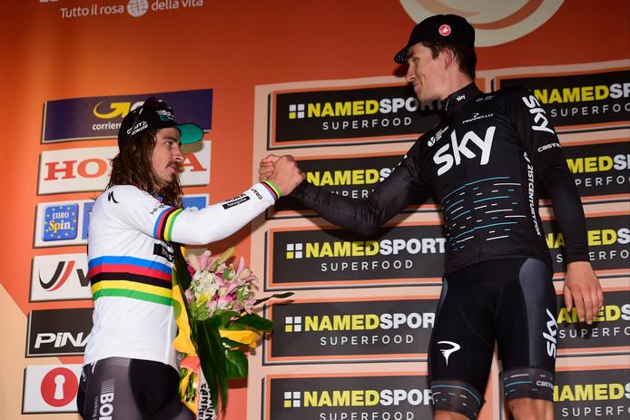 Niet voor het eerst moet Sagan, hier in Milaan-San Remo, de felicitaties geven aan zijn rivaal.