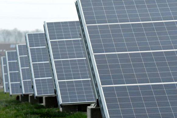 Illustratiebeeld fotovoltaïsche zonne-installatie pict. by Didier Lebrun © Photo News