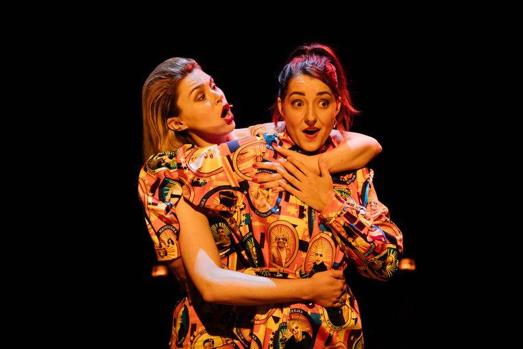 Cabaretduo Matroesjka, met Lisa Loeb (links) en Janneke Rinzema Beeld Alysha Clemens
