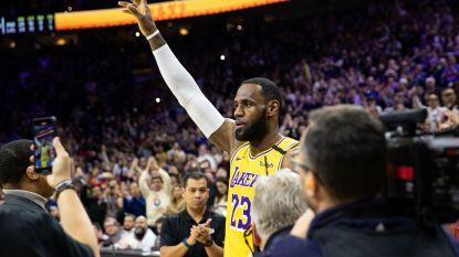 """LeBron James passeert Kobe Bryant en gooit zichzelf nog wat meer de legende in: """"Surreëel"""""""