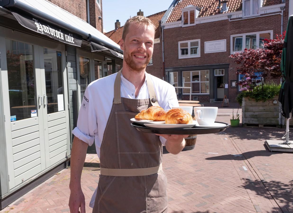 Luuk Brilman van Luuks Brood & Patisserie deelt vanaf 1 juni een terras met hardrockcafé Bar American.