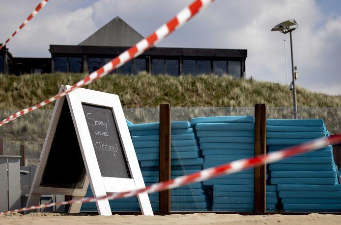 Vanaf 1 juni mogen de strandpaviljoens weer een beperkt aantal gasten op de terrassen ontvangen.
