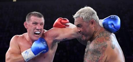 Voormalig rugbyer verpest rentree vechtlegende Mark Hunt