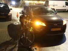 Fietser overgebracht naar ziekenhuis na aanrijding in Rijssen
