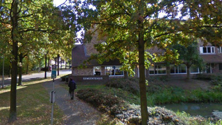 Het gemeentehuis in Geldermalsen. Beeld Screenshot Google Streetview