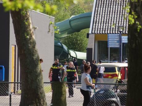 Jongetje bewusteloos uit zwembad gehaald in Kaatsheuvel: situatie stabiel