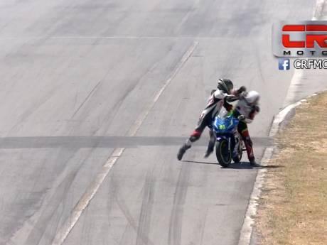 Vechtende motorcoureurs voor twee jaar geschorst