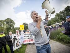 Demonstratie Pegida bij paleis van justitie Arnhem