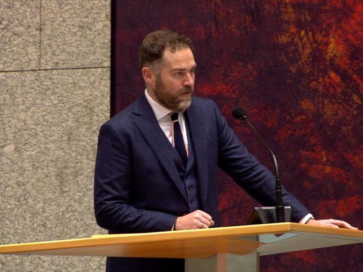 VVD is om, Dijkhoff pleit voor landelijk mondkapjesadvies