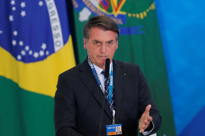 Jair Bolsonaro estime que les associations de protection de l'environnement veulent nuire à l'image du Brésil