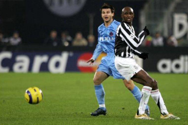 Huidig Club-trainer Ivan Leko in duel met Patrick Vieira.