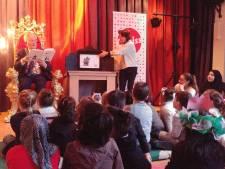 De 'baas van de stad' komt voorlezen aan kinderen van basisschool Hubertus