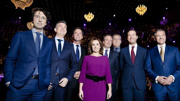 VLNR) Jesse Klaver (Groenlinks), .Emile Roemer (SP), Premier Mark Rutte, Marianne Thieme (PvdD), Alexander Pechtold (D66), Henk Krol (50plus), Lodewijk Asscher (Pvda) en Sybrand Buma (CDA) tijdens het Carre debat, het tweede televisiedebat van RTL in aanloop naar de Tweede Kamerverkiezingen Beeld anp