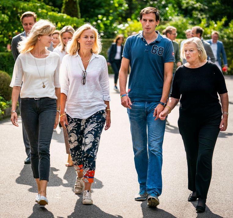 V.l.n.r.: staatssecretaris Mona Keijzer, minister Sigrid Kaag, minister Wopke Hoekstra en staatssecretaris Ankie Broekers-Knol. Beeld