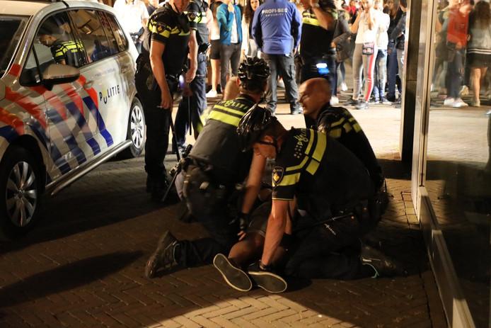 Worsteling bij Swing in Waalwijk.