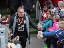 Handtekeningen scoren tijdens open training FC Utrecht